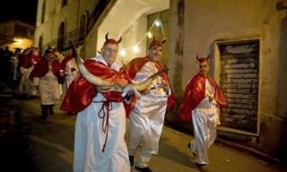 Festival-of-the-Horns-Festa-del-Cornuto